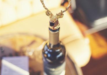 Gold Elk Animal Wine Aerator Pourer